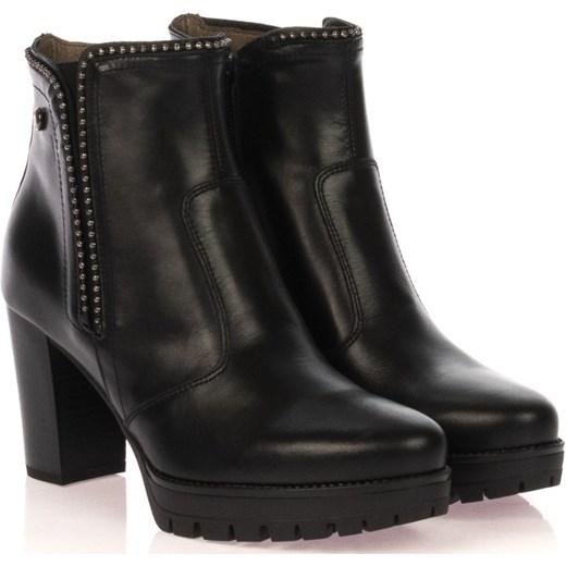 nero-giardini-stivaletto-donna-a909670d-100-nero-borchiette-neri-zip